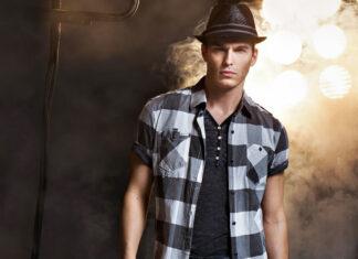 O e-commerce de moda masculina vem crescendo a cada ano no Brasil. Veja neste artigo algumas tendências deste setor do comércio eletrônico e as oportunidades no comércio eletrônico de moda masculina.