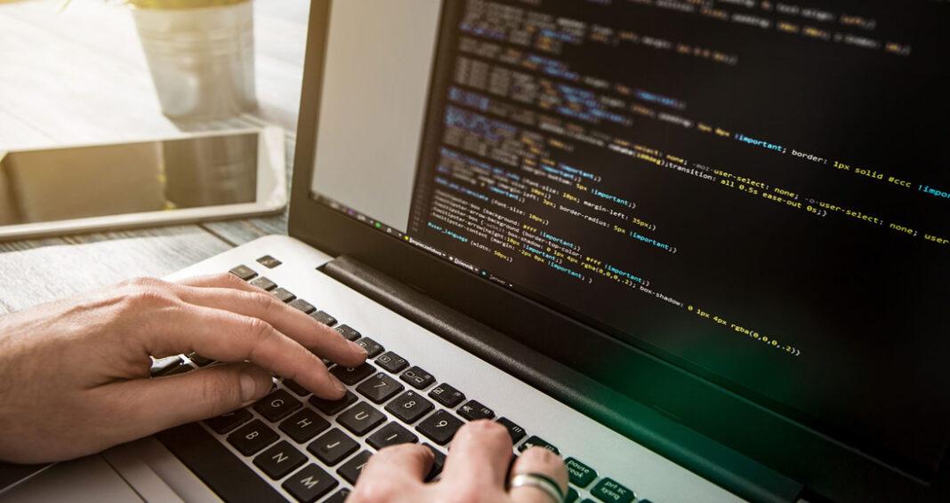 Qual a diferença entre um desenvolvedor web e um web designer